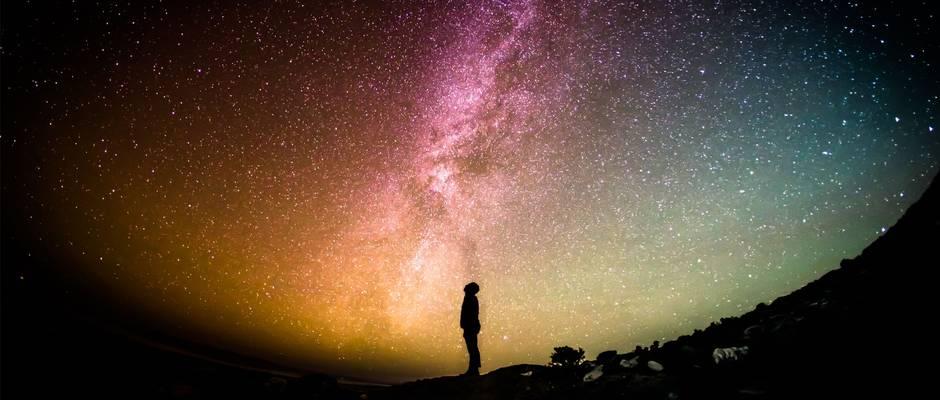 Greg Rakozy / Unsplash,universo estrellas, galaxias