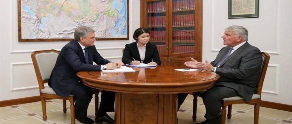 Franklin Graham durante su reunión en Rusia,