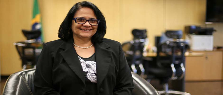 Damares Alves, ministra de Derechos Humanos del Brasil / JMNotícia,Damares Alves