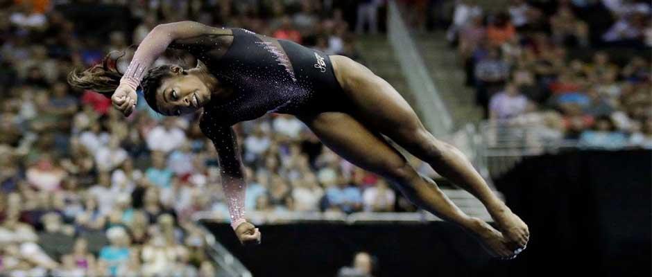 Simone Biles (AP Photo),Simone Biles