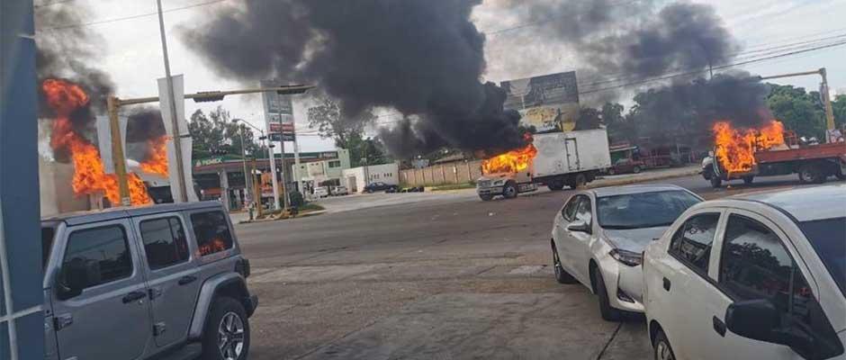 El caos tomó las calles de la ciudad de Culiacán / Imagen de Twitter (@lajornadaonline),Culiacán