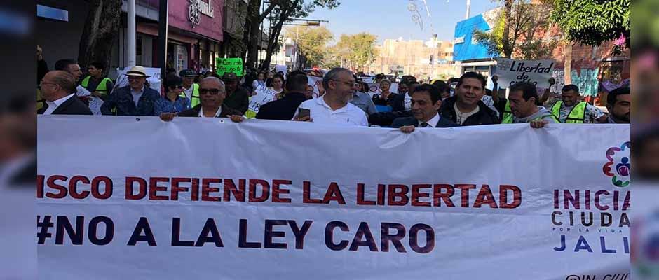 La marcha organizada por Iniciativa Ciudadana este miércoles en Guadalajara, Jalisco,Iniciativa Ciudadana