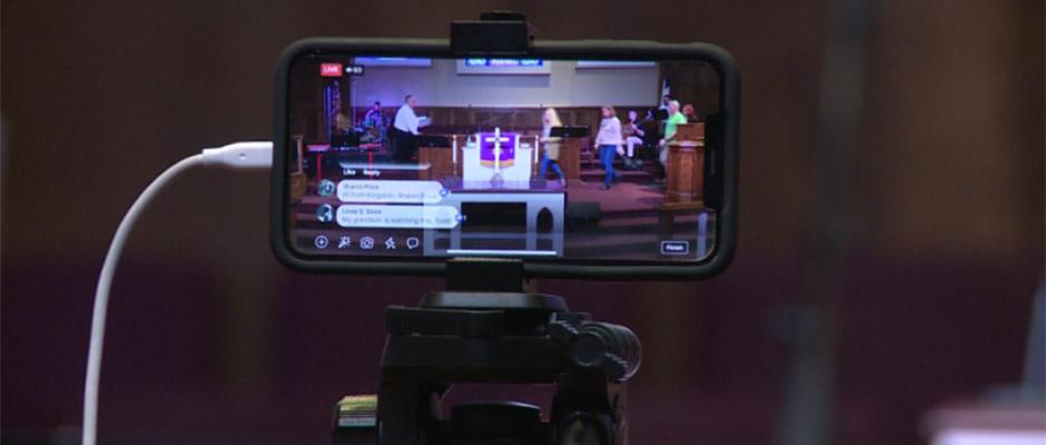 La Primera Metodista Unida de Alcoa está practicando el distanciamiento social teniendo servicios en línea. / WVLT News,
