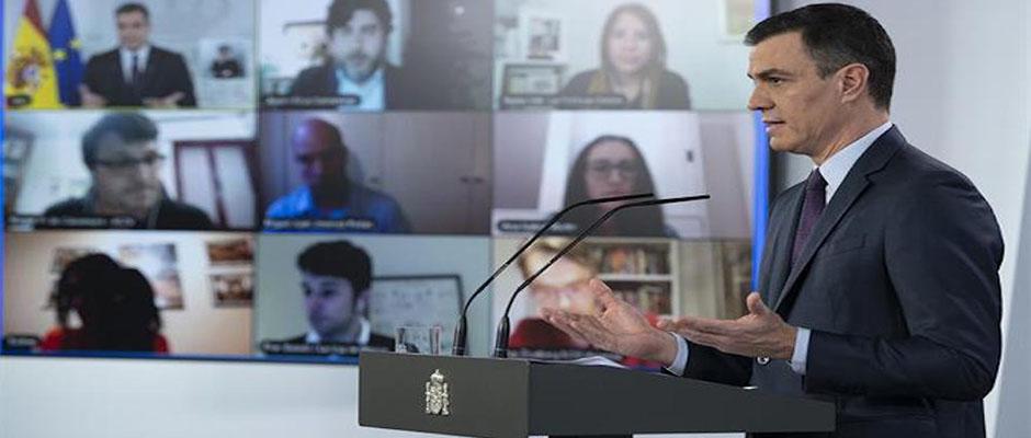 El presidente del gobierno español, Pedro Sánchez, en una comparecencia de prensa el pasado sábado. / Moncloa, Borja Puig,Pedro Sánchez
