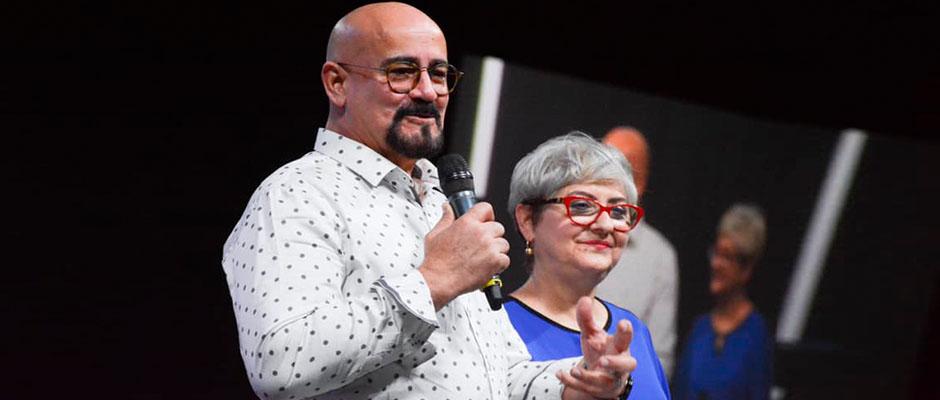 El pastor Rey Matos y su esposa Mildred / Facebook Rey Matos,Rey Matos