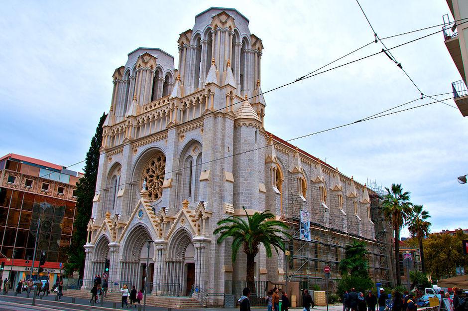 La basílica de Notre Dame en Niza, vista desde el exterior. / Wikimedia Commons,