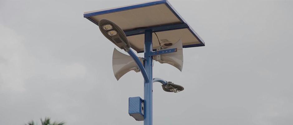 Los postes son activados con energía solar / Theovision International,