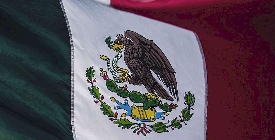 Tim Mossholder, Unsplash,bandera México