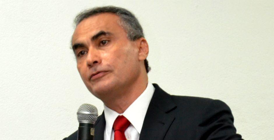 Edwin Álvarez,Edwin Álvarez