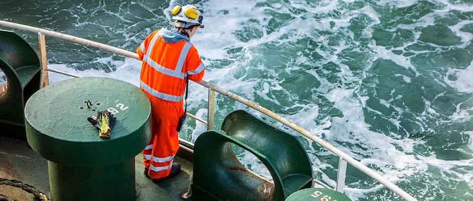 La vida de un marino es a menudo solitaria y deprimente / Marketplace.org,Marinero