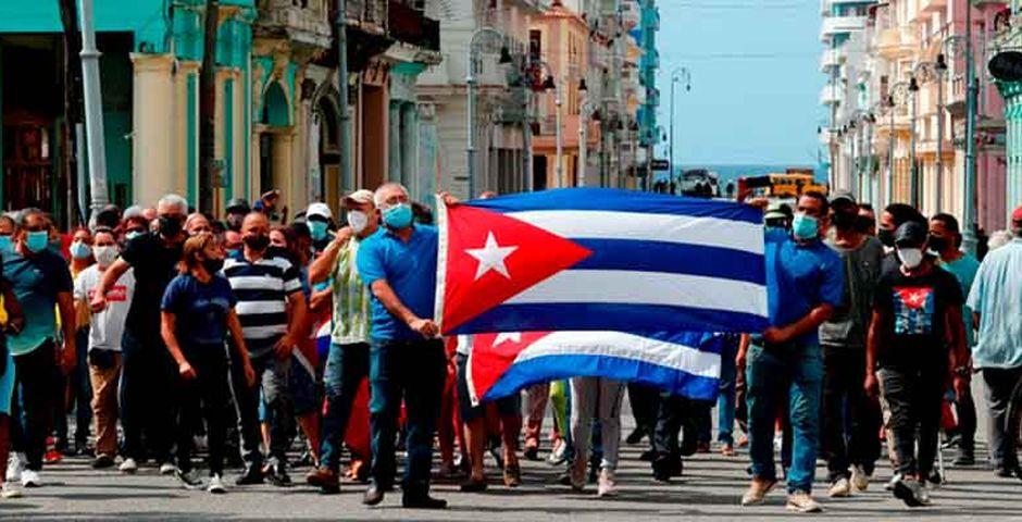 El pueblo de Cuba se lanzó a las calles / EFE,